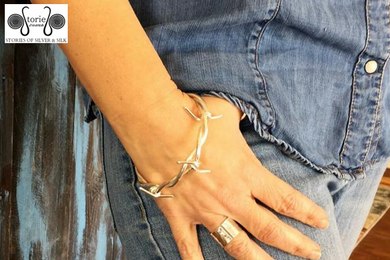 Silver Jewelry to Accessorize Jeans